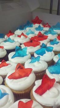 Memorial sugar cupcakes
