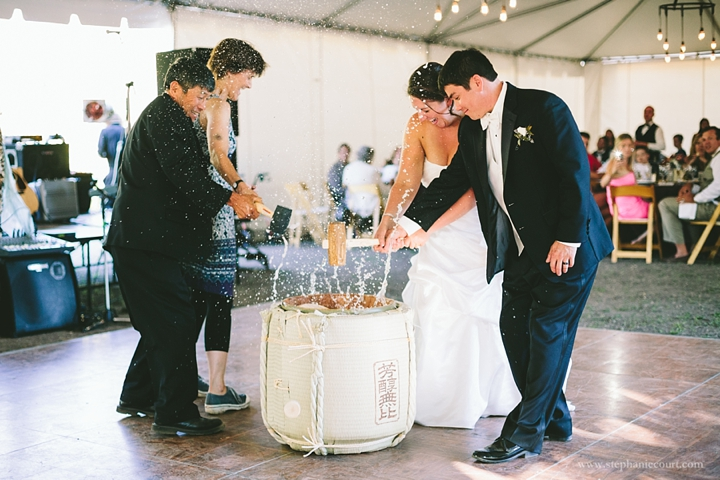 breaking-sake-barrel-wedding-reception