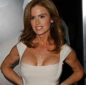 Betsy Russell celebridades del cine