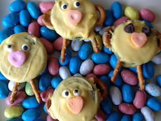 baby-chick-oreos Easter Treats