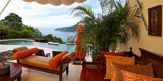 The pool and view of Costa Rica's coastline