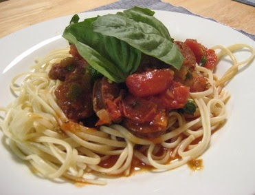 grogs4blogs: Spaghetti with Chorizo and Olives