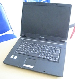 jual laptop seken toshiba satellite l310