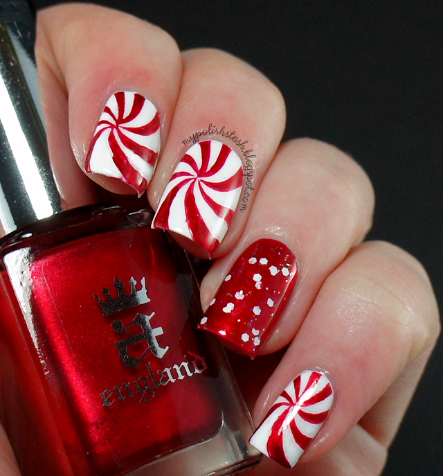 Christmas nails white red spiral