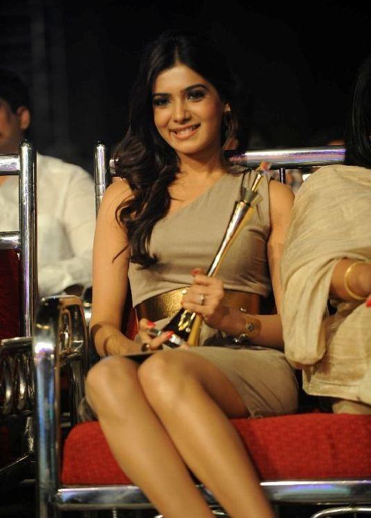 http://2.bp.blogspot.com/-u9_sixyVO40/TgQeiqqweWI/AAAAAAAAbDA/TMYbAHsUjBo/s1600/telugu+actress+samantha+hot+wallpaper+5.jpg