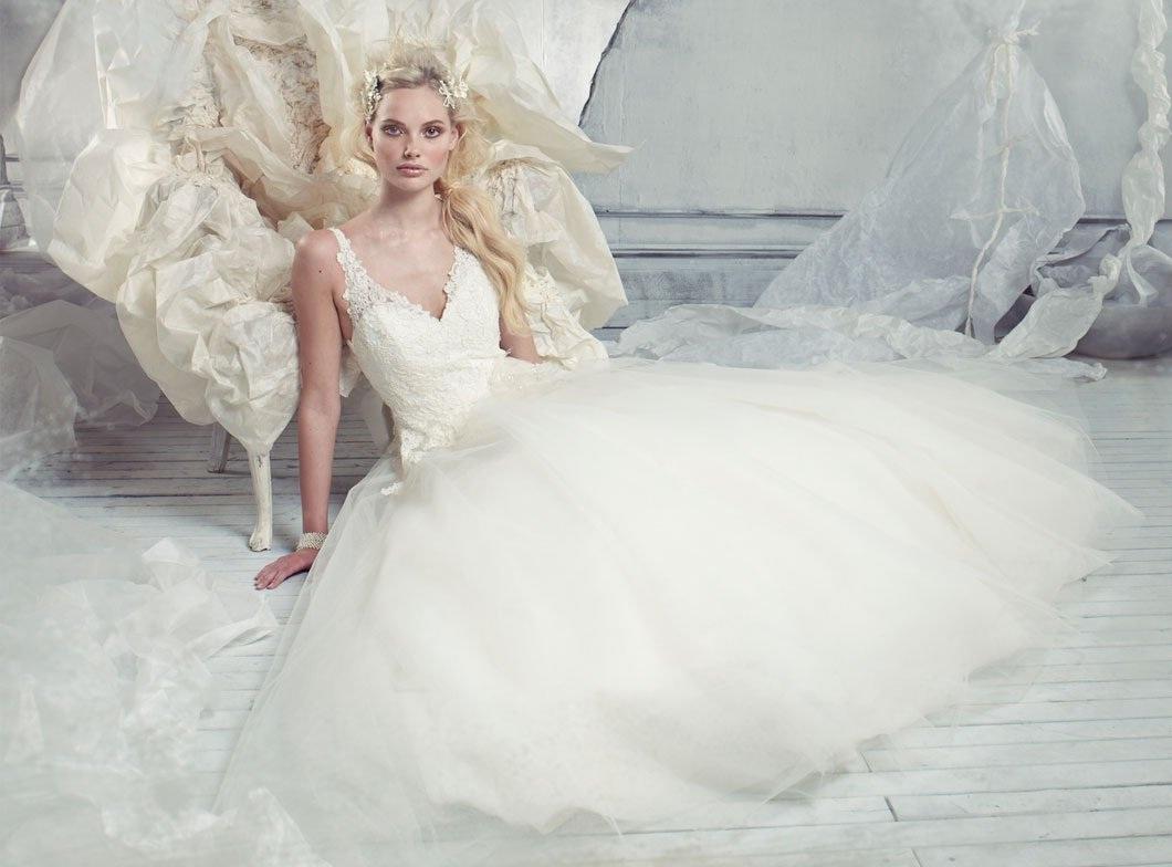 Alvina valenta 2013 spring bridal wedding dresses for Alvina valenta wedding dress
