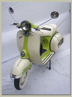 KUMPULAN PHOTO VESPA ANTIK | STRONG