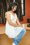 Shweta glam photos stills-thumbnail-15