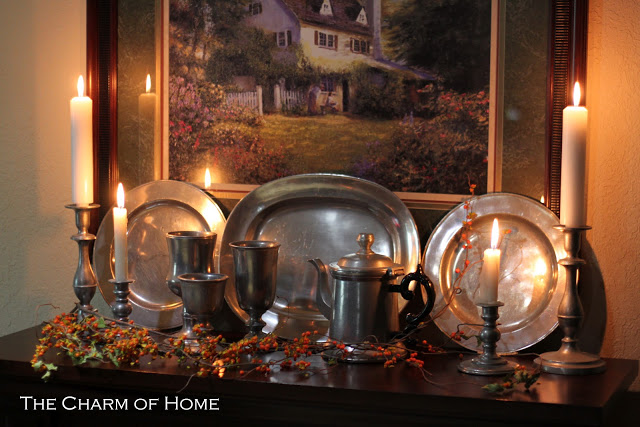 Classic Fall Mantel: The Charm of Home