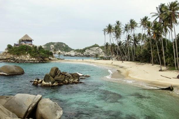 من أروع الشواطئ في العالم على خورة فقط ! tayrona.jpg