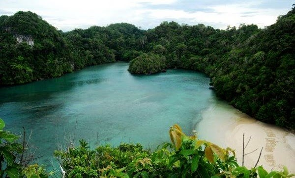 destinasi wisata pulau sempu