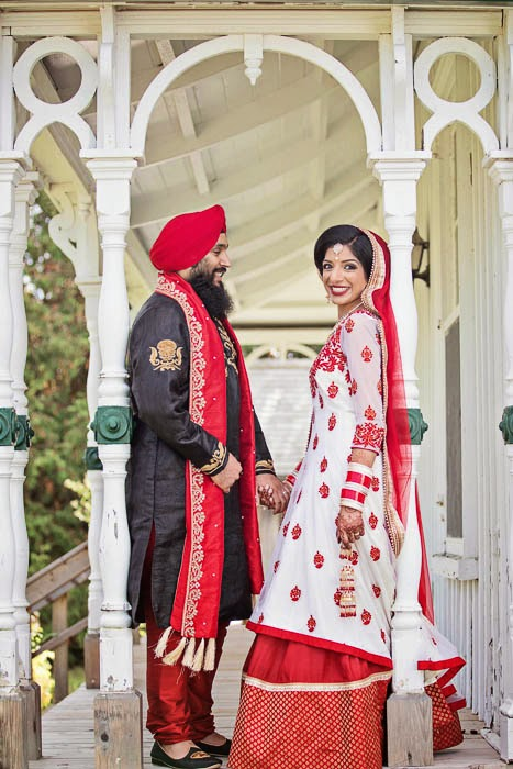 Fall Wedding, outdoor wedding, wedding location markham ontario, indian wedding, indian bride