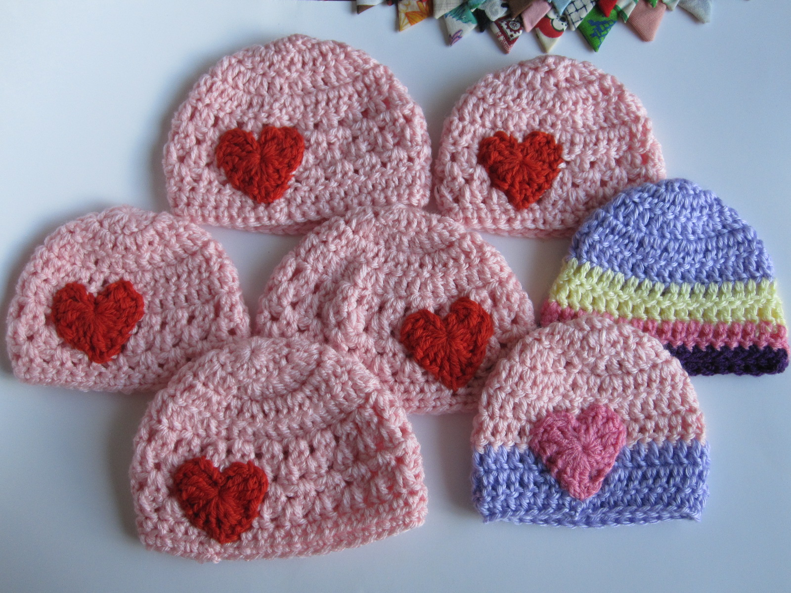 Lively Crochet - Rhythmic Youth: Preemie Hat Tutorial