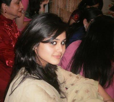 Desi Girl Hot Eyes
