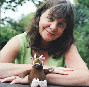 JULIA DONALDSON