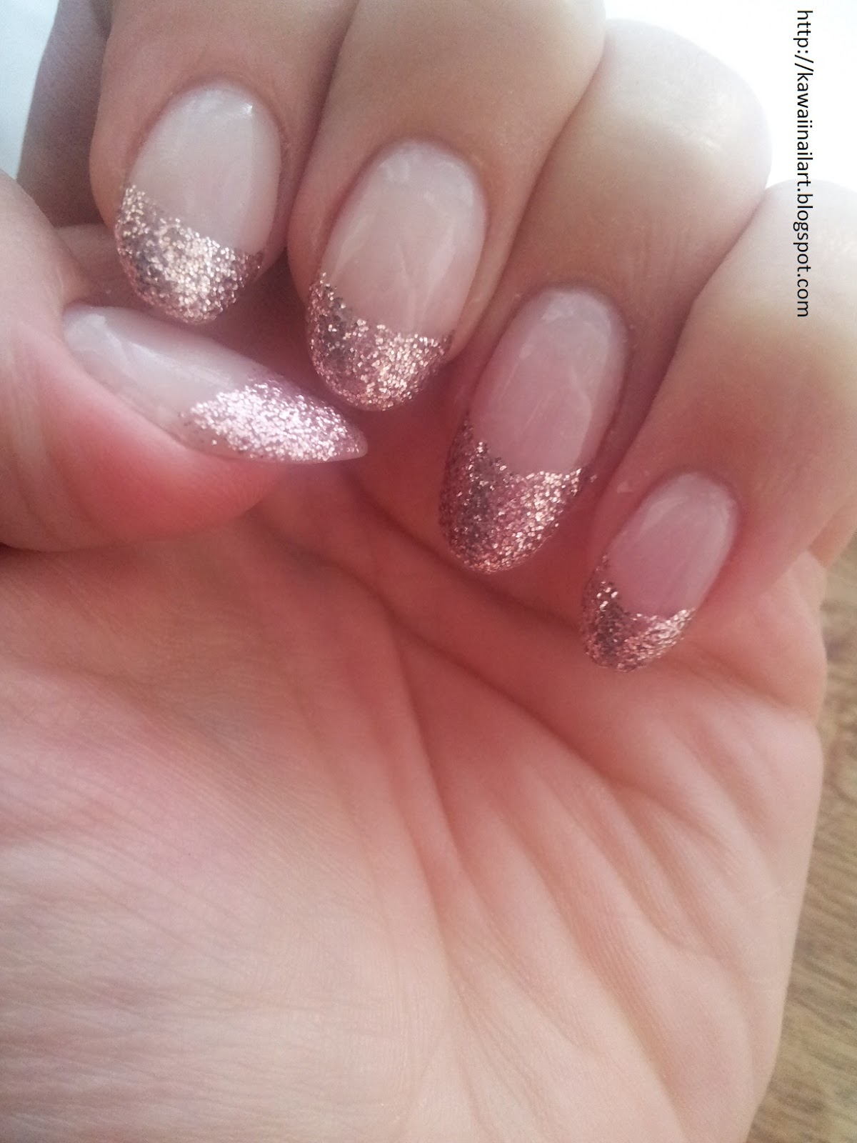 Kawaii Nail Art: French Manicure with a twist