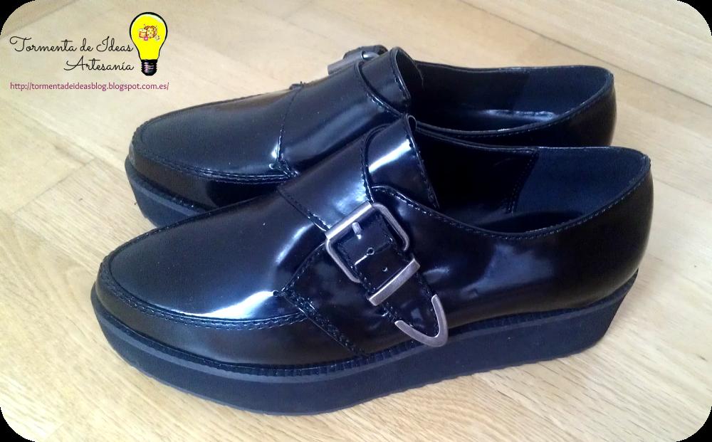 zapatos-bloque-negros-hebilla-mango