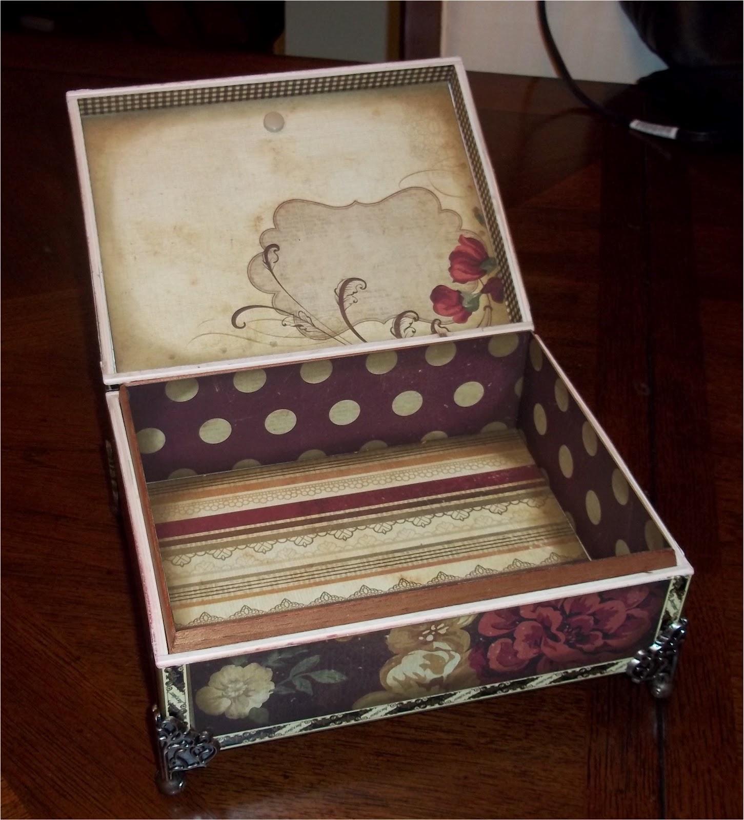 Paper paws etc decorative cigar box 4 for Cardboard cigar box crafts