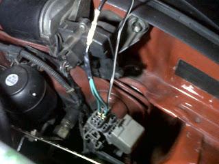 Cara menjumper kabel untuk mendiagnosis mobil