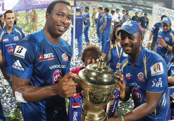 Kieron-Pollard-Dwayne-Smith-celebrates-MI-Win-IPL-2013