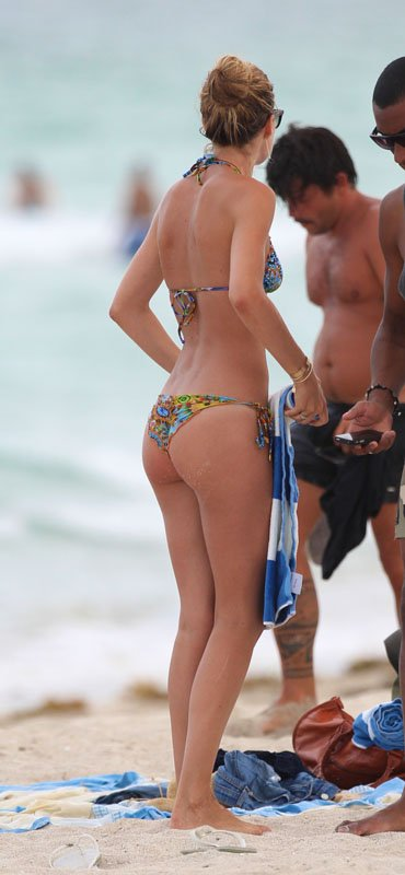 Dutch Actress, Actress, Doutzen Kroes, Doutzen Kroes bikini, Doutzen Kroes boy friend, Miami, Miami Beach, Miami Beach hotels, Miami Beach hotels, Travel to Miami Beach, Travel to Miami luxury hotel, Travel to Miami tour, W Hotel in Miami