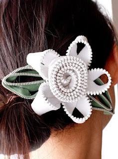 http://www.todomanualidades.net/2014/09/como-hacer-hebilla-floral-cabello/#more-23266
