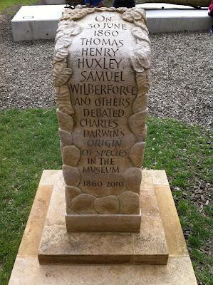 Debate stone