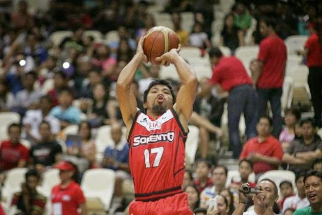 How much score din Manny Pacquiao make on his PBA debut?