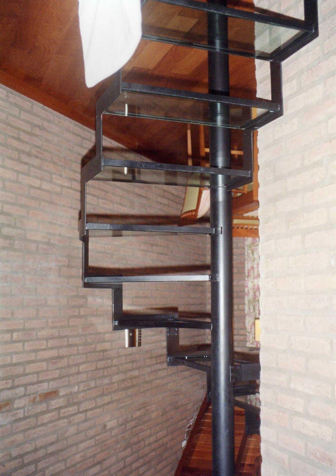 Fabrica de escaleras de hierro forjado ceroli escaleras for Fabrica de escaleras de madera