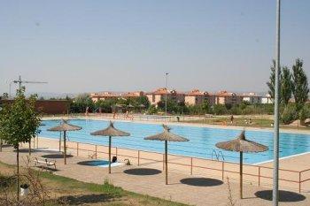 Las piscinas de teruel abrir n el 15 de junio for Piscina teruel