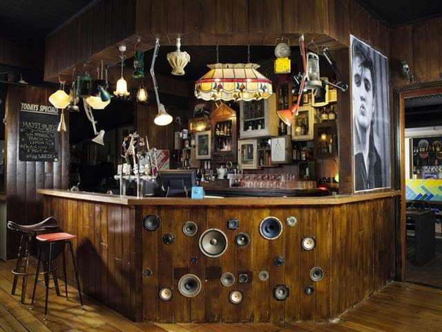 Thi công lắp đặt thiết kế quán bar: Thiết kế, thi công nội thất quán Bar,  quán Karaoke, quán Café