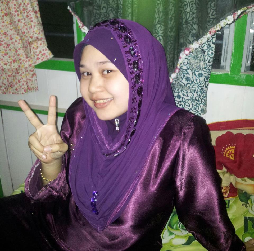Malaysian Baju Kurung