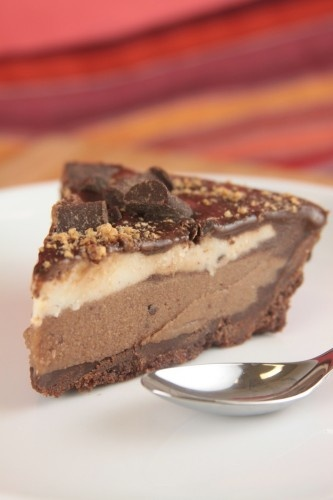 frozen treats and summer sweets  ~chocolate ice cream pie!