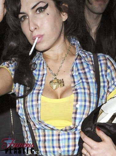 Amy winehouse boobs and pussy
