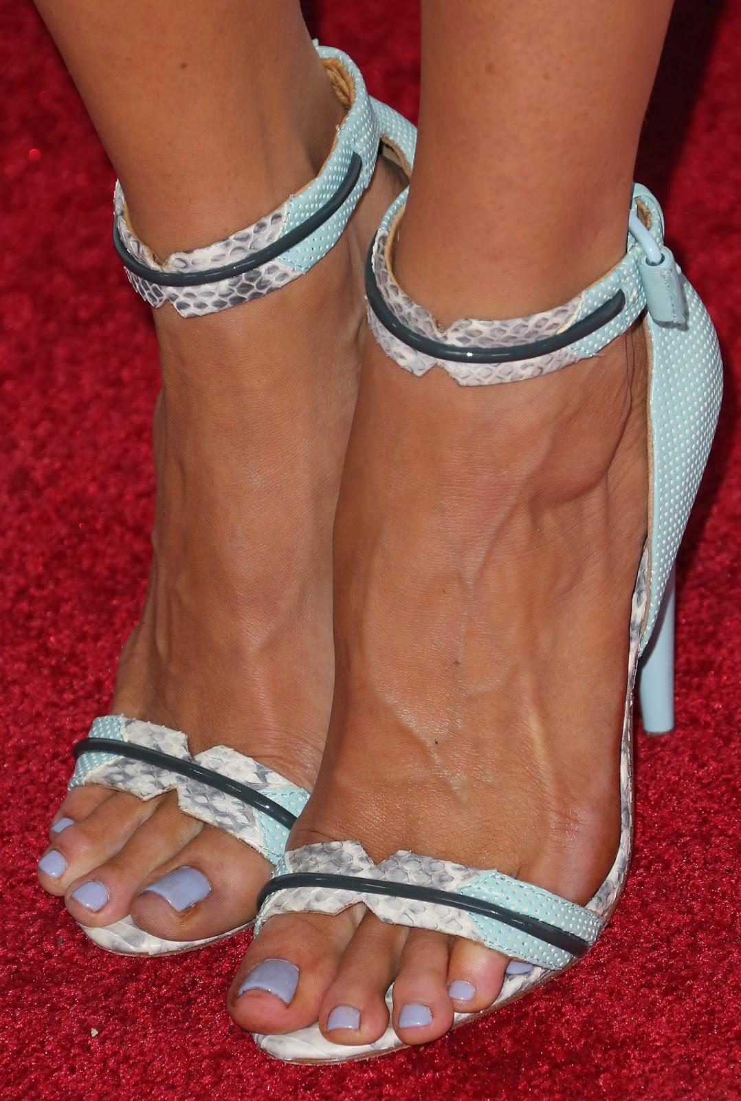 Feet Natalie Barrett naked (28 photos), Sexy, Paparazzi, Boobs, butt 2006