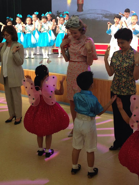 Queen Mathilde of Belgium visits of number 3 Kindergarten of Hubei provincial administrative organs in Wuhan