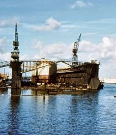 Who remembers the floating dock in the dockyard?