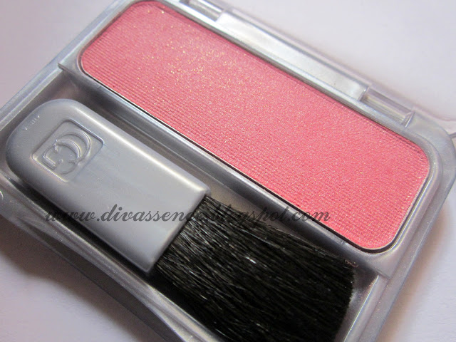 Covergirl blush Plumberry Glow