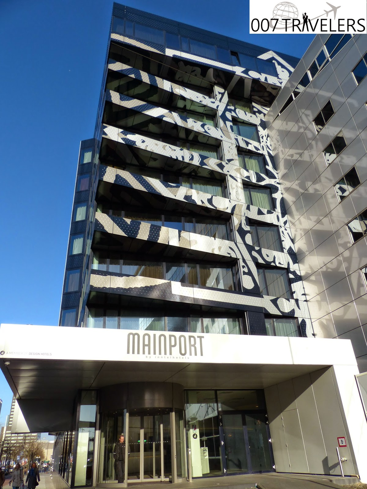 007 travelers 007 theme hotel mainport by inntel hotels for Mainport design hotel leuvehaven 77 3011 ea rotterdam