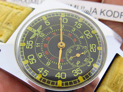 AVIATOR MILITARY SUB SECOND SQUARE CASE - MANUAL WINDING CAL 2602