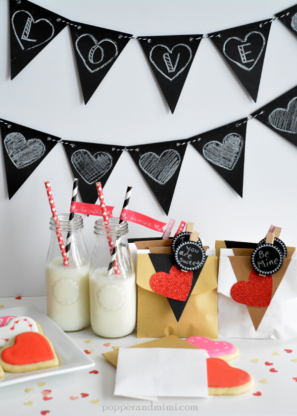 Valentine's Day cookie treat bags and chalkboard heart banner made with @target #OneSpotValentine goodies by @americancrafts