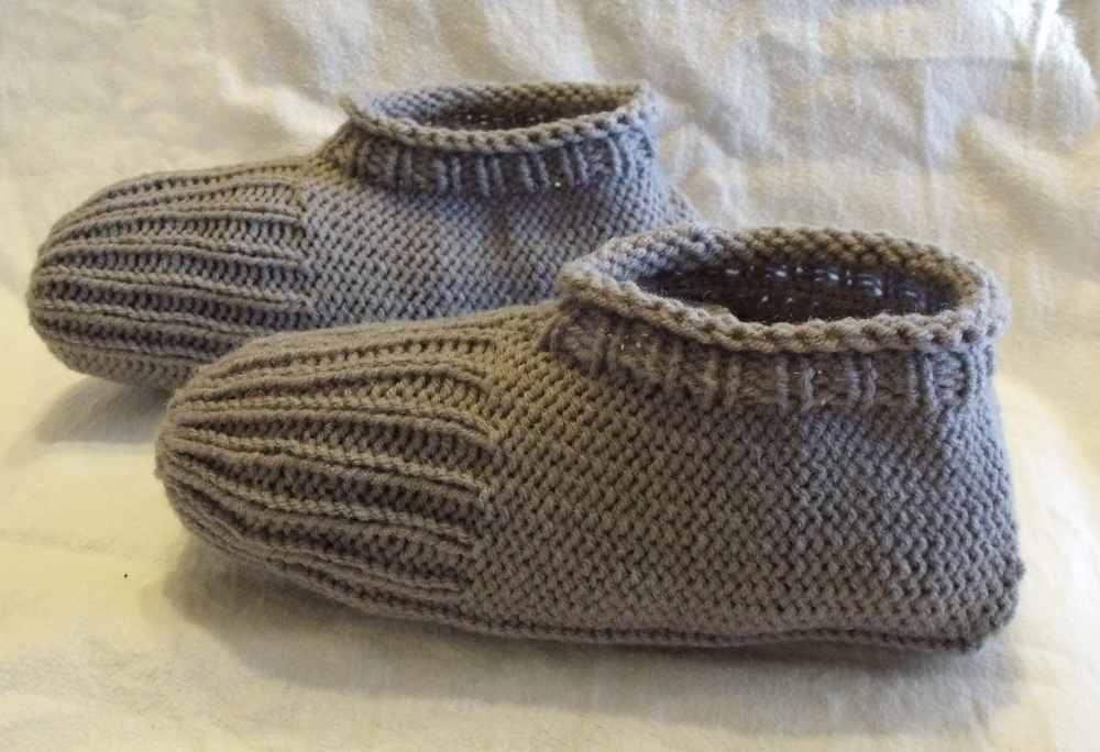 KweenBee and Me: Knitted Slippers Just Like Grandma Made