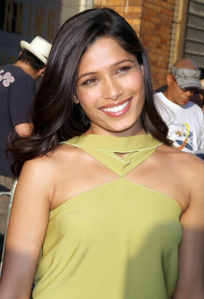 Freida Pinto cutest smiling pics ever hot gallery of Freida Pinto