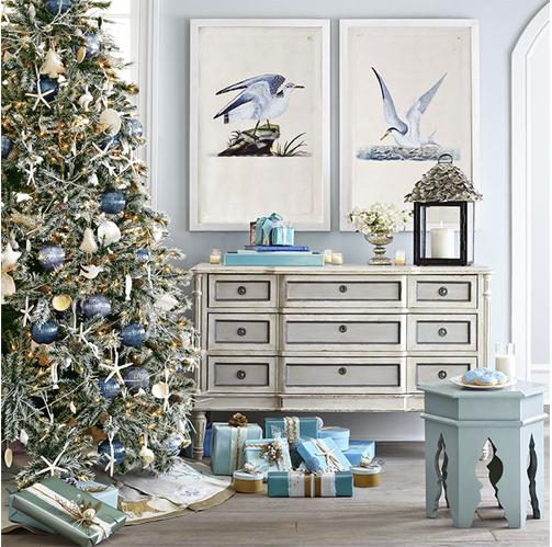 Aesthetic Oiseau: Coastal Christmas From Wisteria