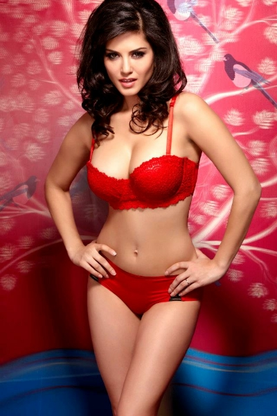 Sunny Leone in Red sexy lingerie | Jism 2 Movie Stills