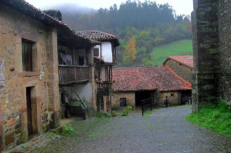 Calle de Carmona en Cantabria