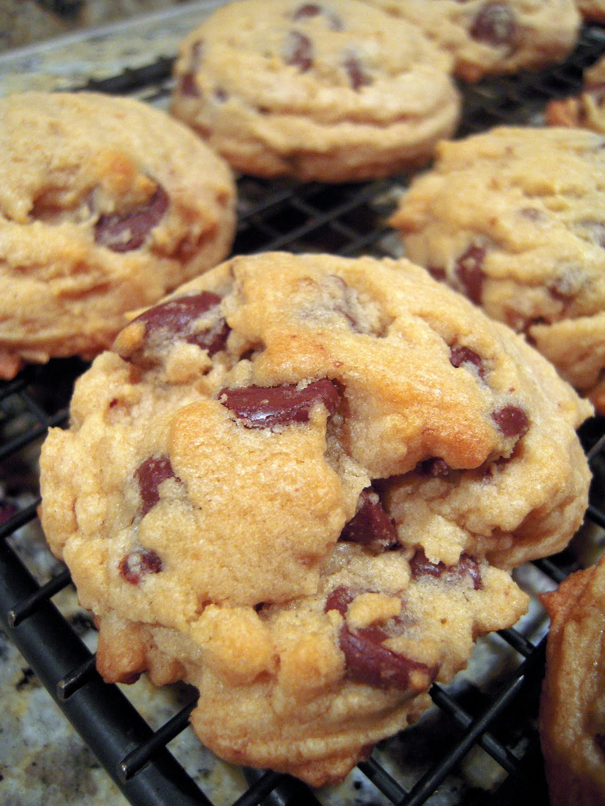 bisquick chocolate chip cookies 1 2 cup butter softened 1 cup brown ...