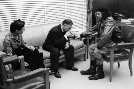 http://2.bp.blogspot.com/-uEX4gES7btk/UAtyjYWP4kI/AAAAAAAAElg/oDdCZ04bXEY/s640/Simone-de-Beauvoir-Jean-Paul-Sartre-e-Ernesto-%E2%80%98Che%E2%80%99-Guevara-em-1960-em-Cuba-440x293.jpg