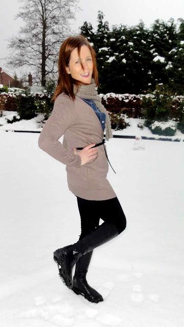 Mink+Snow2 Mink & Black Crampon Style!