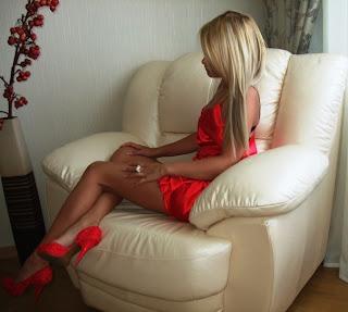 Hostes Escort Bayan (İnce ve seksi lolita escort)